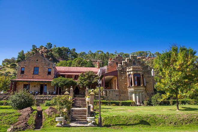 Ansichten Der Berge Und Des Meeres Machen Dieses Südafrikanische Haus Wirklich Atemberaubend